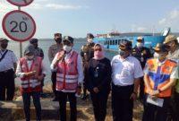 Menteri Perhubungan RI Budi Karya Sumadi didampingi Dirut ASDP Ira Puspa Dewi, perwakilan dari Dirjen Perhubungan Darat dan juga Kadisbud Provinsi Bali meninjau langsung Pelabuhan Gilimanuk pasca larangan mudik 2021.