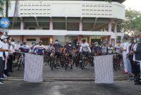 Bupati Jembrana I Nengah Tamba lepas Even Bike Cycling 2021 bertempat di Gor GOR Khresna Jvara jembrana, Minggu pagi (30/5).